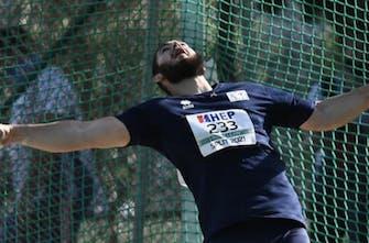 Ο Γιώργος Κονιαράκης στοχεύει μακριά τόσο στην ιατρική όσο και στη δισκοβολία