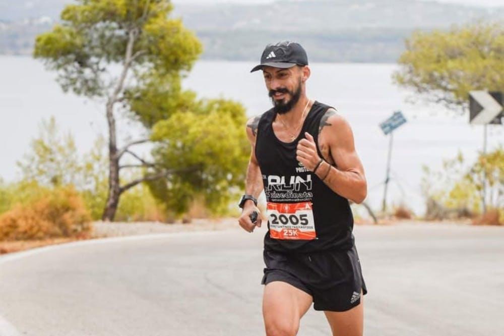 Spetses Mini Marathon: Νικητής ο Γκελαούζος με ρεκόρ διαδρομής στον αγώνα 25 χιλιομέτρων