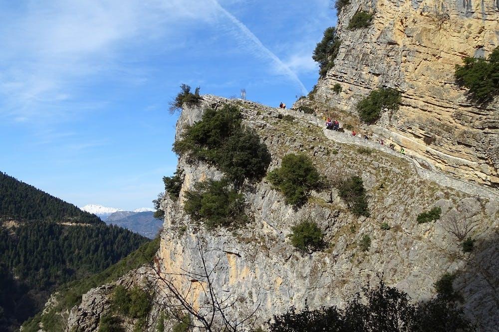 Εξερευνώντας τα μονοπάτια της Ελλάδας: Πεζοπορία στα Βόρεια Τζουμέρκα