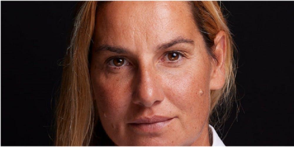 Η Σοφία Μπεκατώρου αποκάλυψε τον άνθρωπο που την κακοποίησε - Στο πλευρό της ο Πρωθυπουργός