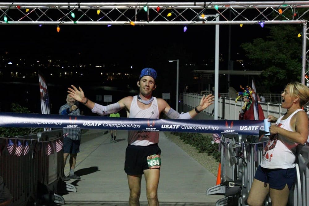 Φοβερό ρεκόρ αγώνα με 12:52:14 στα 160 χιλιόμετρα στις ΗΠΑ ο Zach Bitter