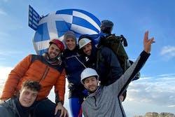 Νίκος Παπαγγελής: Ο πρώτος ακρωτηριασμένος που πάτησε στην κορυφή του Ολύμπου