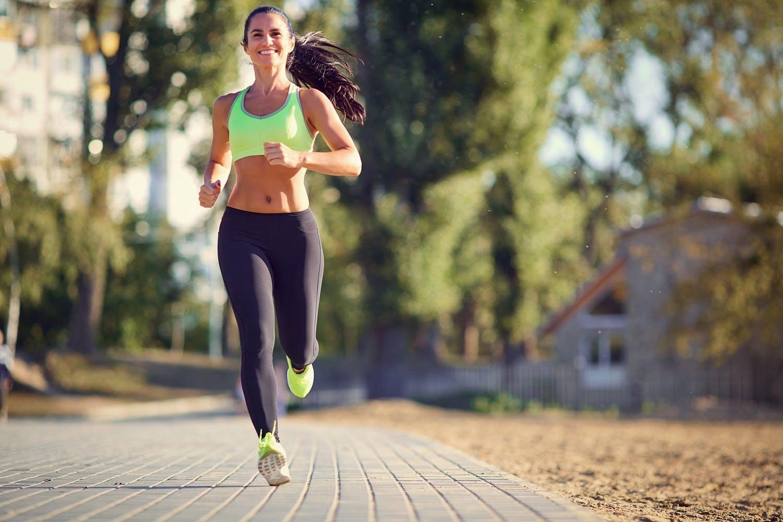 Πρωινό τρέξιμο: 5 κόλπα για να το πετύχετε!