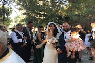 Το ζεϊμπέκικο του Μανώλη Στεφανουδάκη στο γάμο του Ιπποκράτη Σκαντζάκη (vid)
