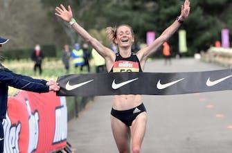 Στο Μαραθώνιο των Ολυμπιακών Αγώνων με 88km την εβδομάδα, γίνεται; Nαι, γίνεται και η απόδειξη είναι η Davis!