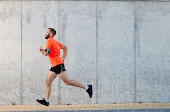 Γιατί είναι λάθος να τρέχετε μόνο σε πεζοδρόμιο;