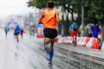 Προπόνηση και αγωνιστικό τρέξιμο με βροχή, του Δημήτρη Τζεφαλή