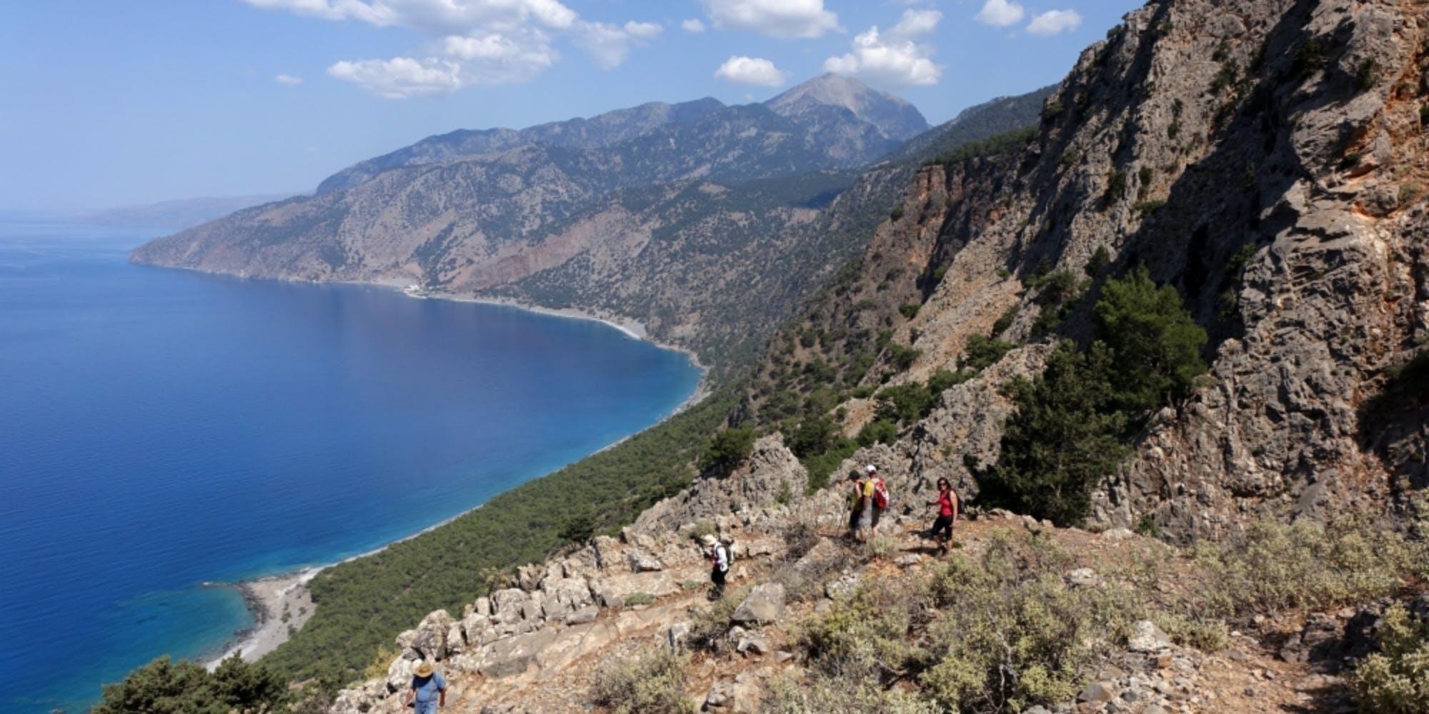 Εξερευνώντας τα μονοπάτια της Ελλάδας: Πεζοπορία στα νότια του Νομού Χανίων (Pics)