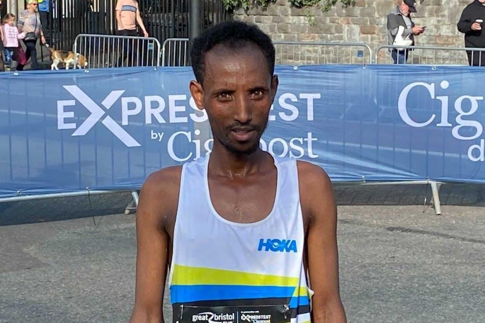 Κέρδισε σε ημιμαραθώνιο ενώ νόμιζε ότι έτρεχε σε αγώνα 10 χιλιομέτρων!