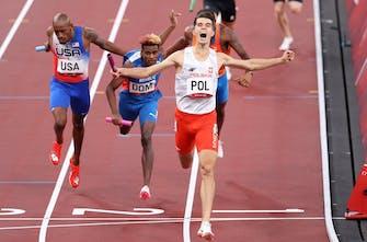 Στην Πολωνία το πρώτο χρυσό ολυμπιακό μετάλλιο μικτής σκυταλοδρομίας στα 400 μέτρα!