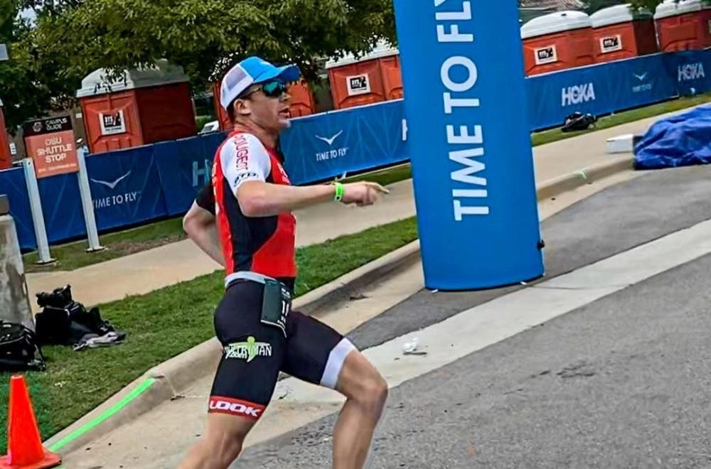 Εξαιρετική επίδοση από τον τριαθλητή Denis Chevrot στον μαραθώνιο του Ironman