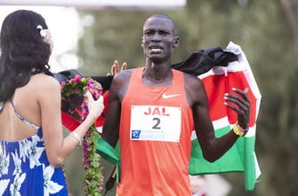 Ο Titus Ekiru είπε ότι μπορεί να ξεπεράσει το 1:59:40 του Kipchoge!