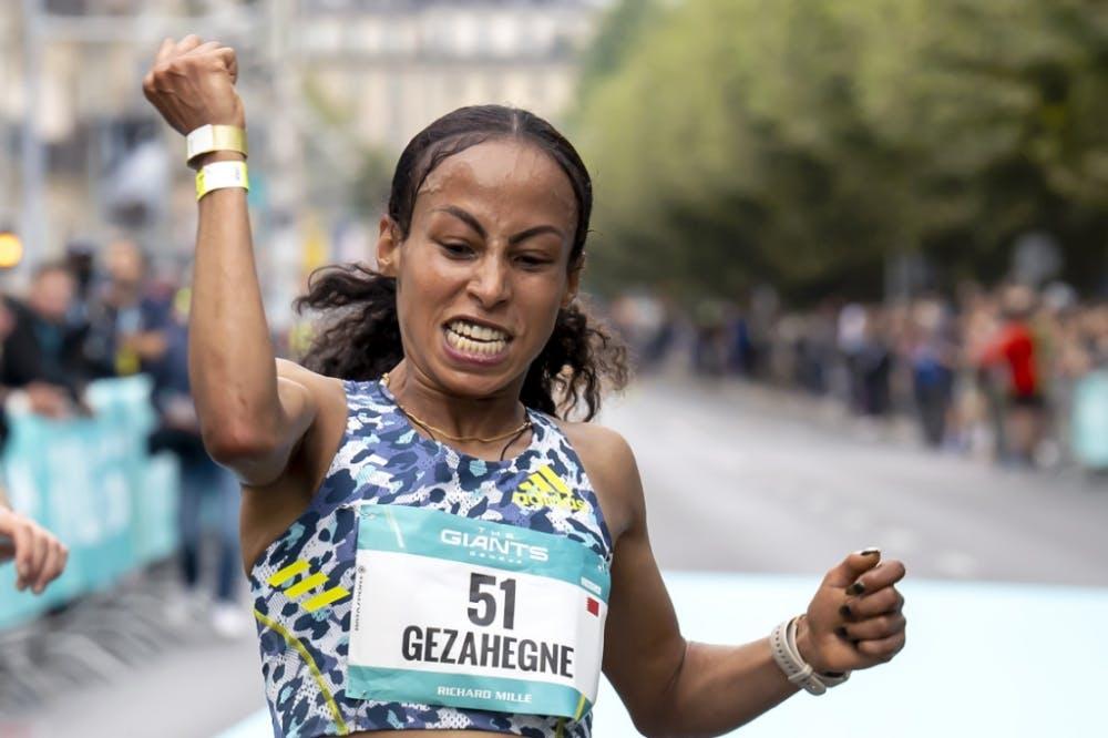 Παγκόσμιο ρεκόρ στα 10 χιλιόμετρα από την Gezahegne – Εξαιρετικές επιδόσεις από Kandie και Kipkoech