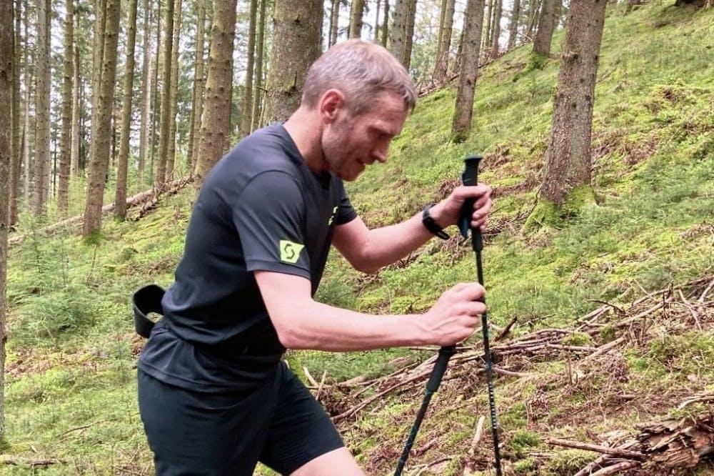 Νέο παγκόσμιο ρεκόρ στο Everesting με χρόνο κάτω από 11 ώρες