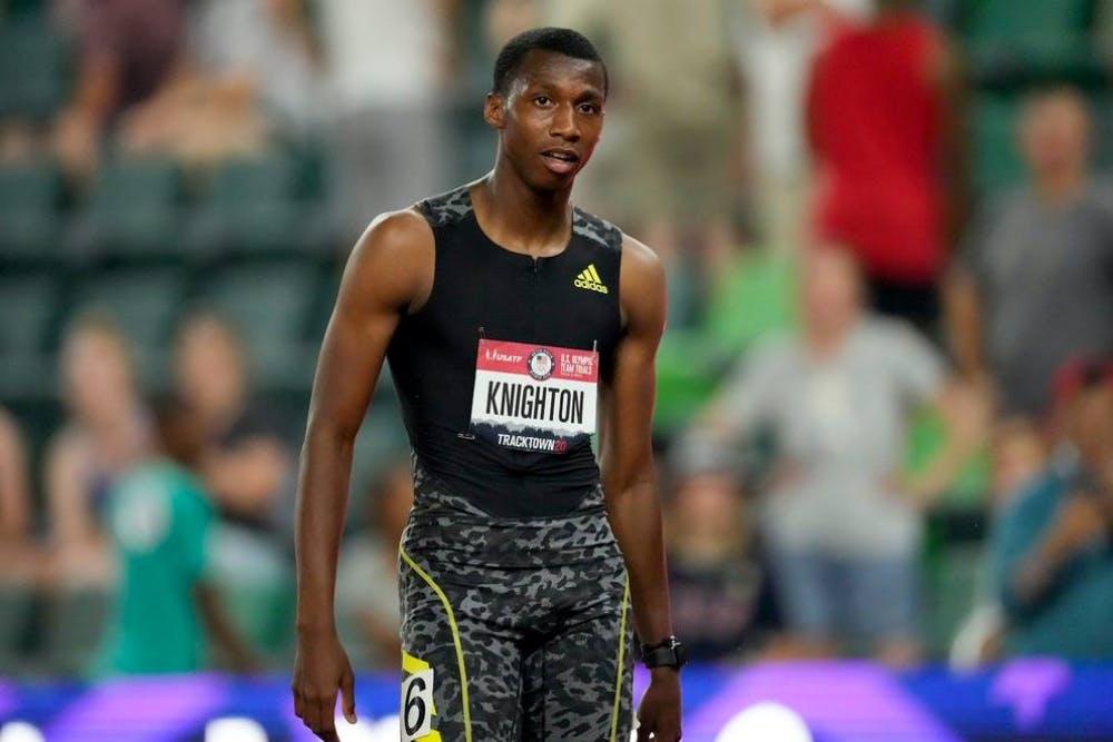 Φοβερός νεαρός σπρίντερ σπάει τα ρεκόρ του Bolt!