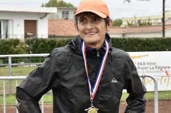 Στα 56 της, έτρεξε 362 χιλιόμετρα σε δύο μέρες και έκανε νέο παγκόσμιο ρεκόρ!