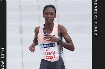 Παγκόσμιο ρεκόρ στα 5χλμ από την Senbere Teferi