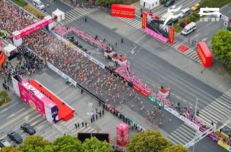 Έγινε Μαραθώνιος στην Κίνα με τη συμμετοχή 27.000 δρομέων!