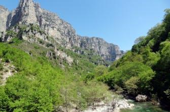 Πεζοπορία στο νομό Ιωαννίνων και στη χαράδρα του Βίκου (Pics)