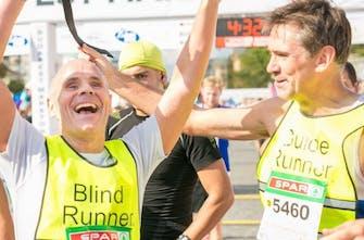 Αγώνας 10 χιλιομέτρων μόνο για τυφλούς και άτομα με προβλήματα όρασης στο Μπρίστολ