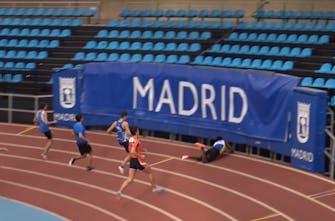 Βγήκε πρώτος και... έφυγε εκτός σταδίου στον τερματισμό! (Vid)