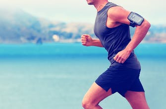Fasted cardio: Αερόβια-Αναερόβια άσκηση για καύση λίπους. Τι ισχύει πραγματικά;