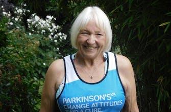 H 77χρονη γιαγιά που ετοιμάζεται για τον μαραθώνιο του Λονδίνου!