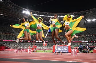 Τζαμάικα και Ιταλία τα χρυσά στη σκυταλοδρομία!
