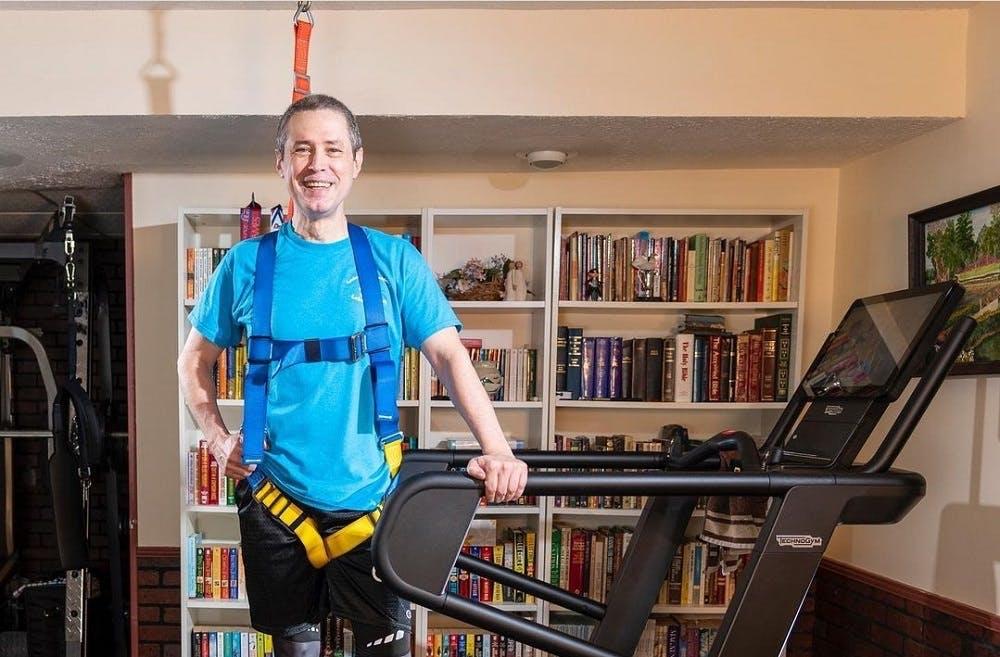 John Lambert: Τρέχει μόνο σε διάδρομο λόγω απώλειας μνήμης και είναι πιο γρήγορος από ποτέ!