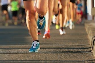 Cushioningπαπούτσια: Αλλάζουν πράγματι τον τρόπο που τρέχουμε;
